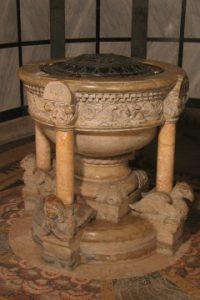 Der Taufstein von St. Benno